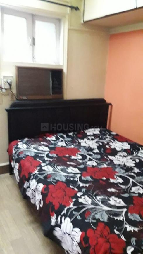 Bedroom Image of 650 Sq.ft 2 BHK Independent House for rent in Mulund West for 24500