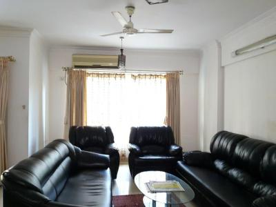 Gallery Cover Image of 1650 Sq.ft 3 BHK Apartment for buy in Kurla West for 28000000