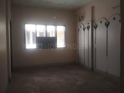 Gallery Cover Image of 1200 Sq.ft 2 BHK Apartment for rent in Krishna Apartment, Periyamet for 20000