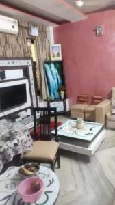 Gallery Cover Image of 1175 Sq.ft 3 BHK Independent Floor for buy in Rani Bagh, Pitampura for 8500000