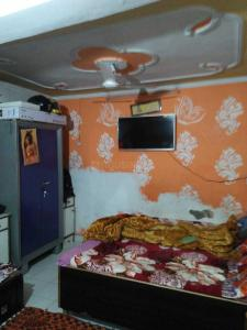 Gallery Cover Image of 400 Sq.ft 1 BHK Apartment for buy in Vijay Nagar for 1200000