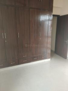 Gallery Cover Image of 1400 Sq.ft 3 BHK Apartment for rent in Sector 10 Dwarka for 35000