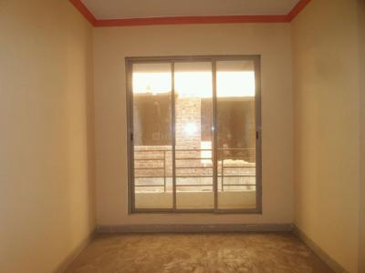 Gallery Cover Image of 710 Sq.ft 2 BHK Apartment for buy in Kalyan East for 2769000