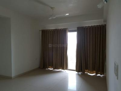 Gallery Cover Image of 1860 Sq.ft 3 BHK Apartment for buy in Shela for 8500000