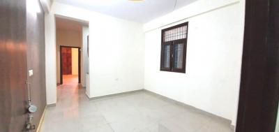 Gallery Cover Image of 980 Sq.ft 2 BHK Apartment for buy in Sector 102 for 2500000