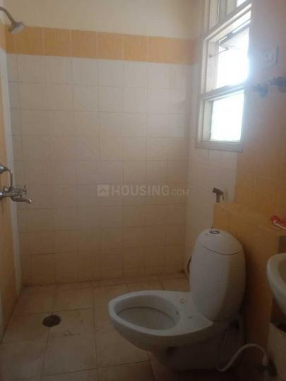 Common Bathroom Image of 1050 Sq.ft 3 BHK Independent Floor for rent in BPTP Park Elite Floors, Sector 85 for 10000