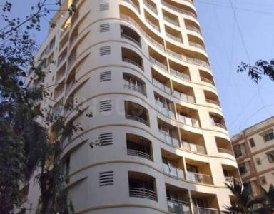 Gallery Cover Image of 1780 Sq.ft 3 BHK Apartment for buy in Santacruz West for 55000000