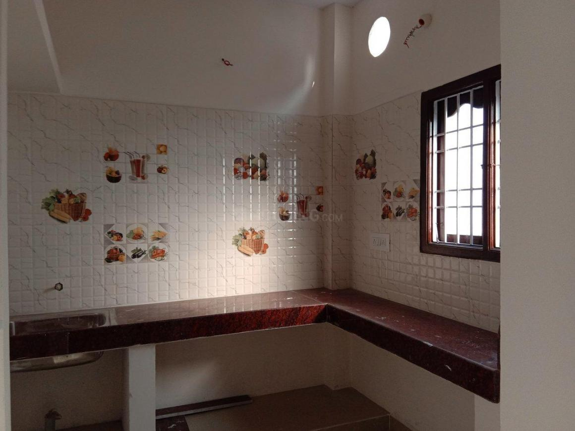 Kitchen Image of 1010 Sq.ft 2 BHK Apartment for buy in Tambaram for 4040000