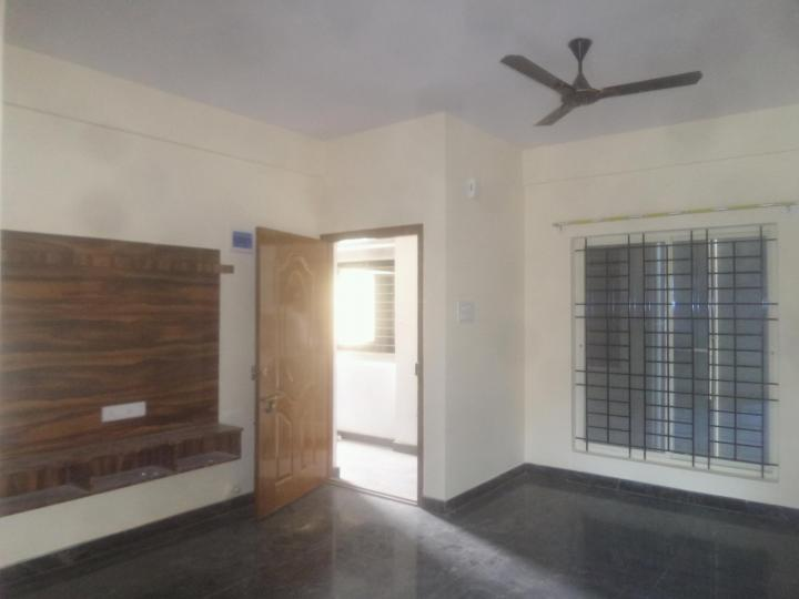 Living Room Image of 1050 Sq.ft 2 BHK Apartment for rent in Narayan apartment, Panathur for 20000