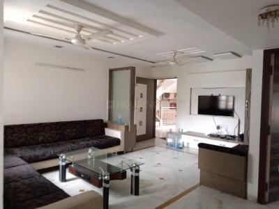 Gallery Cover Image of 1900 Sq.ft 3 BHK Apartment for rent in Sheladia Pushpraj Apartments, Bodakdev for 35000