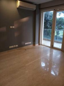 Gallery Cover Image of 1300 Sq.ft 2 BHK Independent Floor for buy in Chittaranjan Park for 13500000