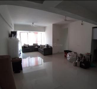 Gallery Cover Image of 1250 Sq.ft 2 BHK Apartment for rent in Kandivali West for 40000