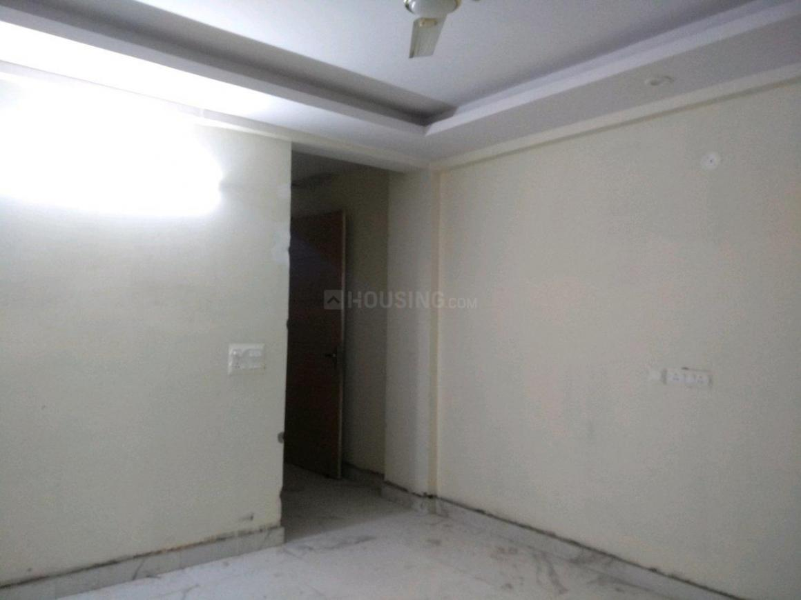 Living Room Image of 750 Sq.ft 2 BHK Apartment for rent in Chhattarpur for 15000