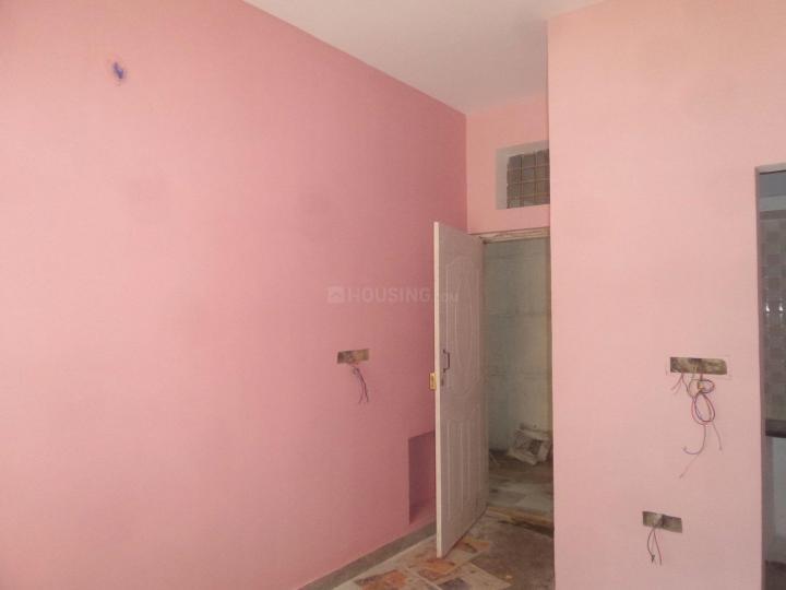 Living Room Image of 425 Sq.ft 1 BHK Apartment for rent in Sanjay Gandhi Nagar for 6000