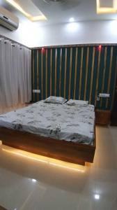 Gallery Cover Image of 1150 Sq.ft 2 BHK Apartment for buy in Chandkheda for 5900000