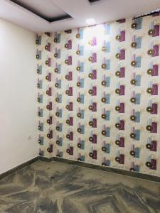Gallery Cover Image of 750 Sq.ft 3 BHK Independent Floor for buy in Sector 3 Rohini for 8800000