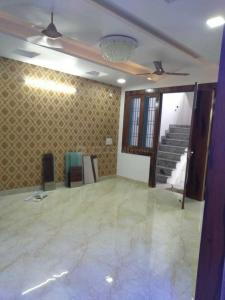 Gallery Cover Image of 1800 Sq.ft 4 BHK Independent Floor for buy in Vasundhara for 9150000