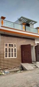 Gallery Cover Image of 800 Sq.ft 3 BHK Independent House for buy in Rajajipuram for 2200000