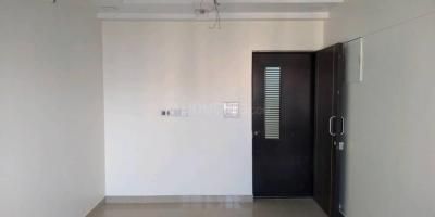 Gallery Cover Image of 575 Sq.ft 2 BHK Apartment for rent in Shapoorji Pallonji Sarova, Kandivali East for 23000