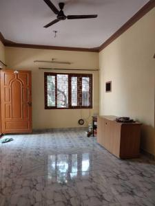 Gallery Cover Image of 750 Sq.ft 2 BHK Independent Floor for rent in Indira Nagar for 20000