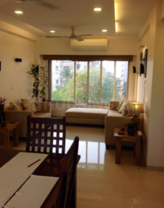 Gallery Cover Image of 1050 Sq.ft 2 BHK Apartment for rent in Bandra West for 75000