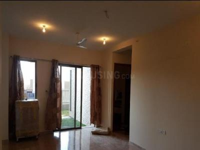 Gallery Cover Image of 2300 Sq.ft 2 BHK Apartment for rent in Kharadi for 32000