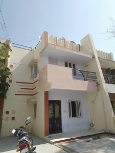 Gallery Cover Image of 2000 Sq.ft 3 BHK Independent House for buy in Bopal for 7600000