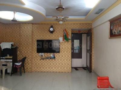 Gallery Cover Image of 1005 Sq.ft 2 BHK Apartment for rent in Kalyan West for 32000