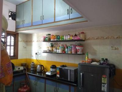 Gallery Cover Image of 1000 Sq.ft 2 BHK Independent Floor for rent in Kumaraswamy Layout for 12000