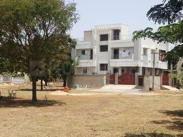 Gallery Cover Image of  Sq.ft Residential Plot for buy in Redhills for 2520000
