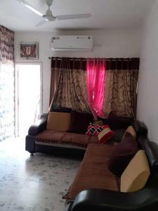 Gallery Cover Image of 1260 Sq.ft 2 BHK Apartment for rent in Paldi for 16500