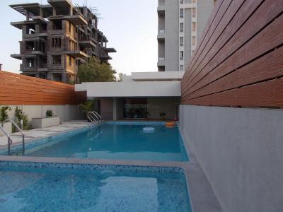 Gallery Cover Image of 2086 Sq.ft 3 BHK Apartment for rent in Pimple Nilakh for 45000