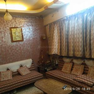 Gallery Cover Image of 1200 Sq.ft 3 BHK Apartment for buy in Kalyan West for 26000000