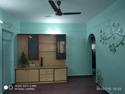 Gallery Cover Image of 900 Sq.ft 2 BHK Apartment for rent in Kothrud for 18000