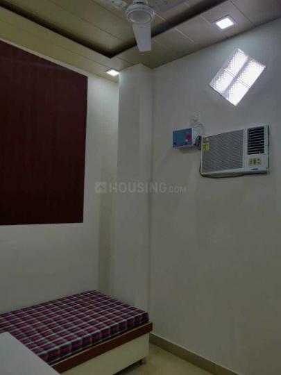 सेक्टर 19 रोहिणी में अदित्य पीजी के बेडरूम की तस्वीर