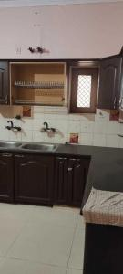 Gallery Cover Image of 2900 Sq.ft 2 BHK Independent Floor for rent in Sector 17 for 16000