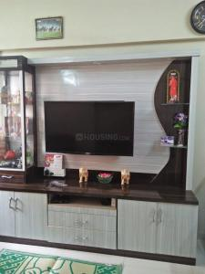Gallery Cover Image of 550 Sq.ft 1 BHK Apartment for rent in Prabhadevi, Prabhadevi for 37000