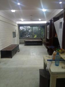 Gallery Cover Image of 2450 Sq.ft 3 BHK Apartment for rent in Santacruz West for 90000