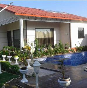 Gallery Cover Image of 1800 Sq.ft 3 BHK Villa for buy in Sector 150 for 3600002