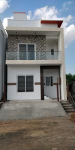 Gallery Cover Image of 1850 Sq.ft 3 BHK Independent House for buy in Medavakkam for 8700000