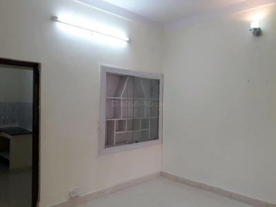 Gallery Cover Image of 750 Sq.ft 1 BHK Apartment for rent in Ejipura for 12000