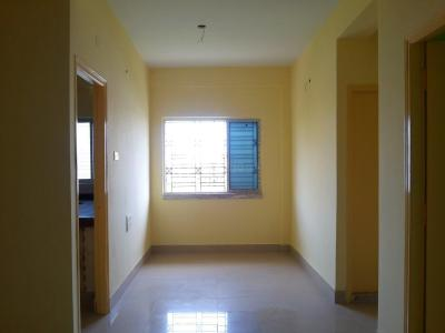 Gallery Cover Image of 700 Sq.ft 2 BHK Apartment for buy in Nayabad for 1960000