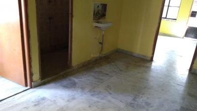 Gallery Cover Image of 780 Sq.ft 2 BHK Apartment for rent in Tollygunge for 8000