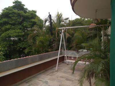 Gallery Cover Image of 5000 Sq.ft 4 BHK Independent House for buy in Banjara Hills for 41000000