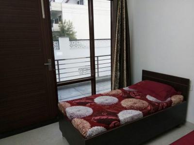 श्री लक्ष्मी असोसिएट्स पीजी इन सेक्टर 45 के बेडरूम की तस्वीर