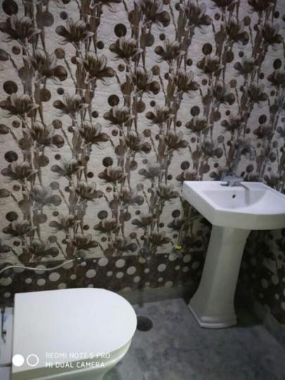 Common Bathroom Image of 1125 Sq.ft 1 BHK Independent Floor for rent in Sector 18 Rohini for 10000