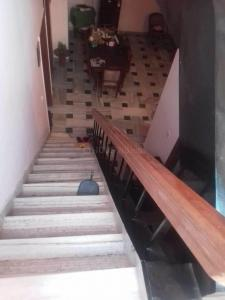 Gallery Cover Image of 300 Sq.ft 4 BHK Independent House for buy in Dayal Bagh for 17900000