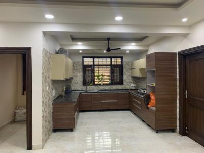 Gallery Cover Image of 2000 Sq.ft 3 BHK Independent Floor for rent in Sector 92 for 30000