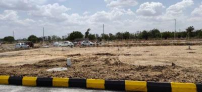 Gallery Cover Image of  Sq.ft Residential Plot for buy in Isnapur for 3150000