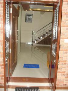 Gallery Cover Image of 2500 Sq.ft 4 BHK Villa for buy in Gotri for 11500000